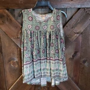 Sleeveless babydoll style top by Vintage America